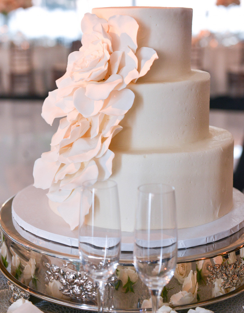 Simple Small Wedding Cakes  Wedding Cake Ideas Small e Two and Three Tier Cakes