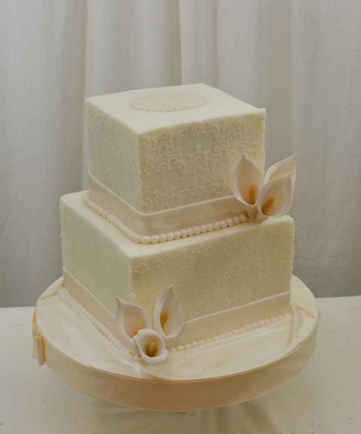 Simple Square Wedding Cakes  Simple Square White Wedding Cake