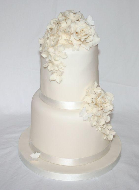 Simple Two Tier Wedding Cakes  Simple elegant two tier wedding cake