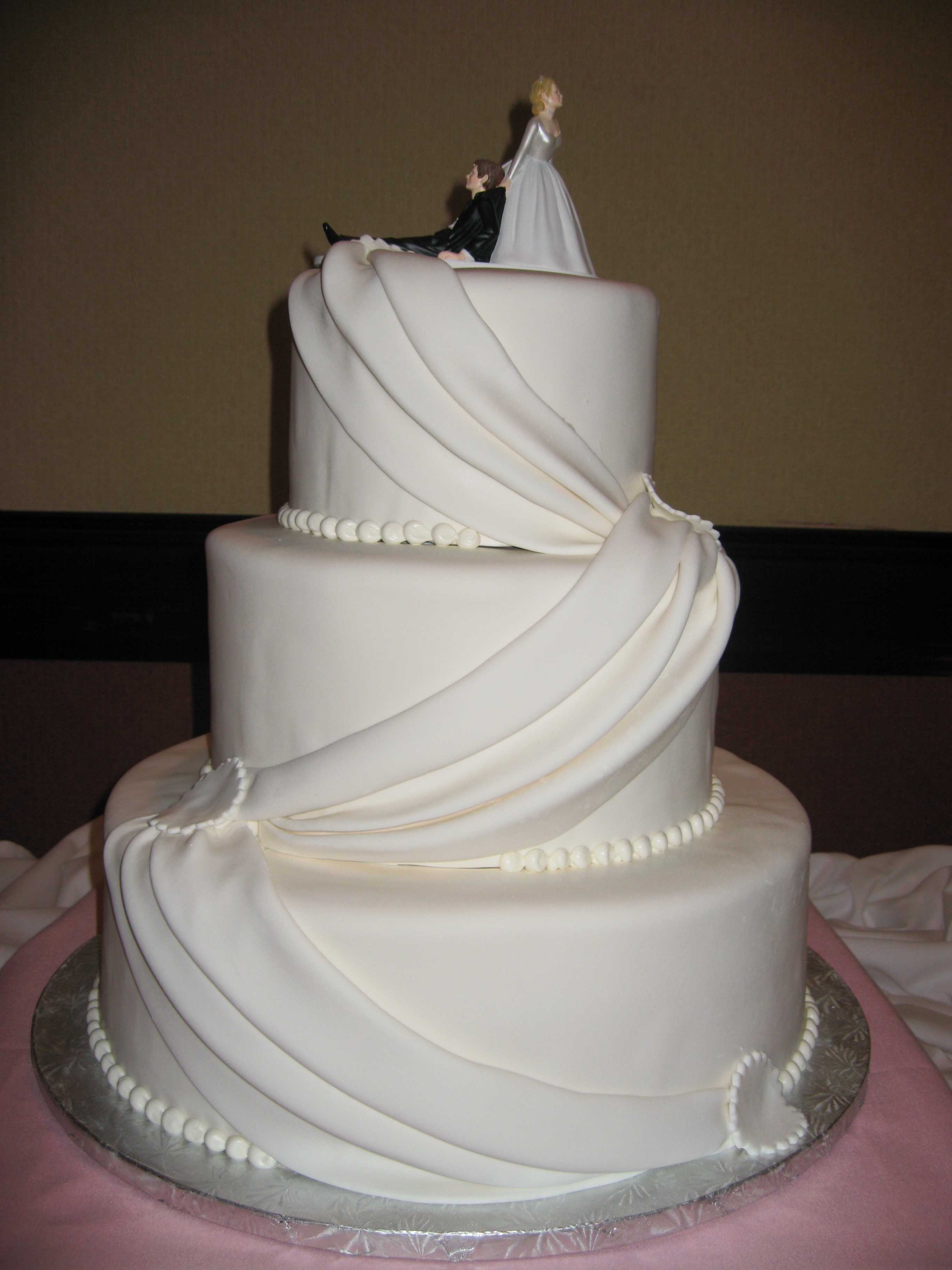 Simple Wedding Cakes Design  30 ULTIMATE WEDDING CAKES TO STEAL THE SHOW