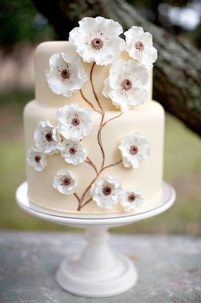 Simple Wedding Cakes With Flowers  Simple flower cake WOW CAKES Pinterest