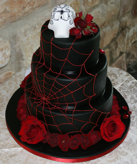 Skull Wedding Cakes  25 Wedding cakes with skulls