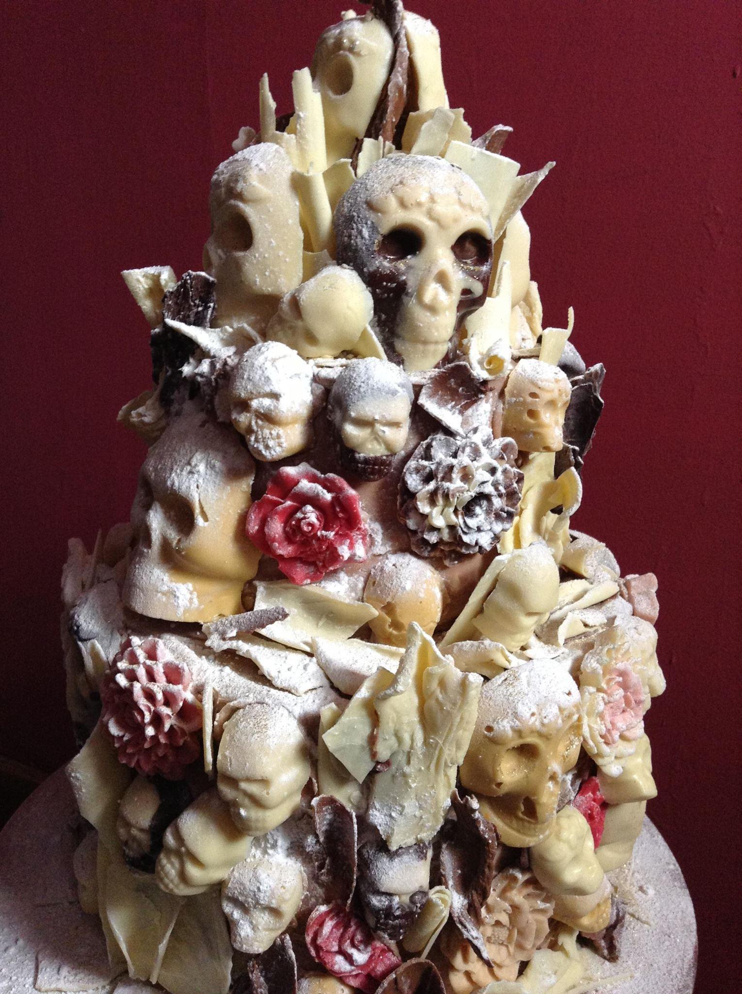Skull Wedding Cakes  Skull Cakes cake ideas for a Gothic wedding Yule Winter