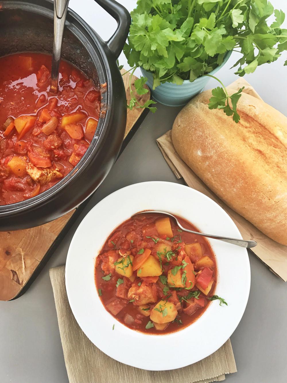 Slow Cooker Chicken Stew Recipes Healthy  Slow cooker Spanish chicken stew
