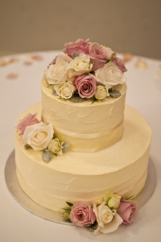 Small 2 Tier Wedding Cakes  10 2 Tier Wedding Cakes With Buttercream Icing
