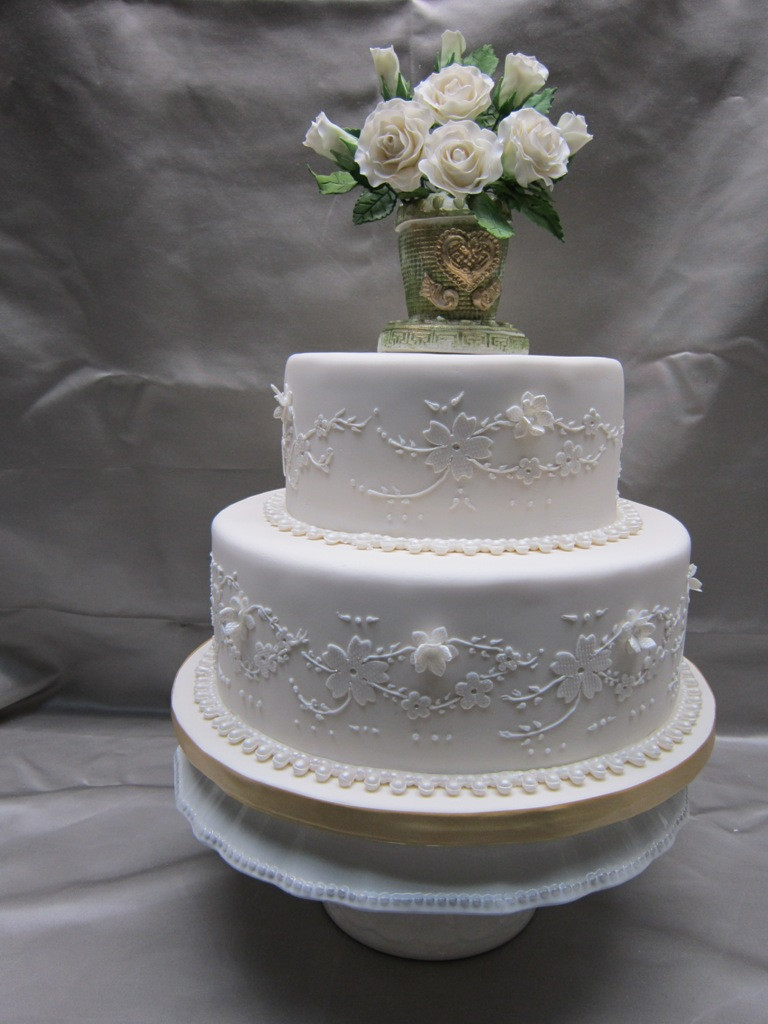 Small 2 Tier Wedding Cakes  Custom Wedding Cakes in Hamilton Burlington Oakville