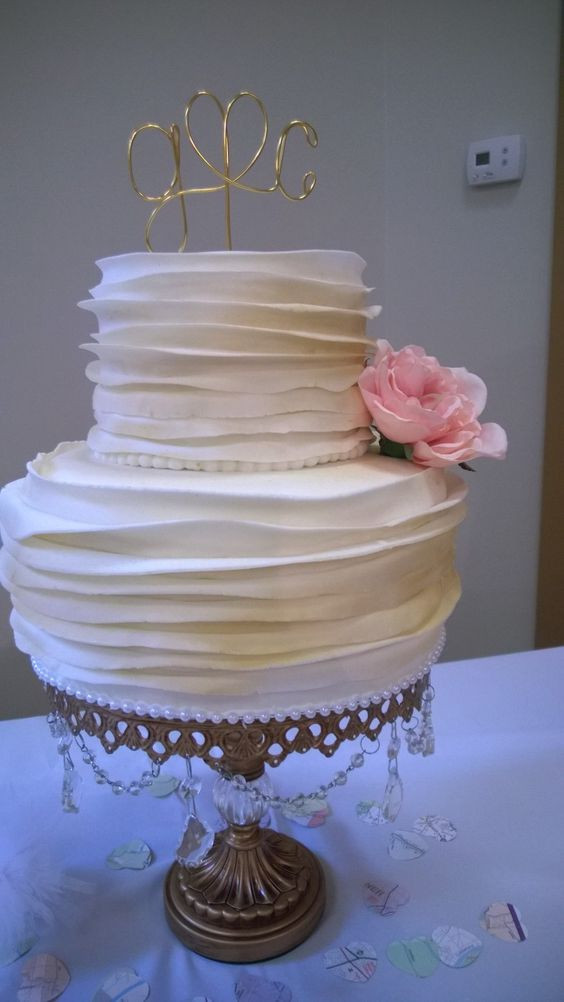 Small Elegant Wedding Cakes  Small but elegant wedding cake Cakes by Me