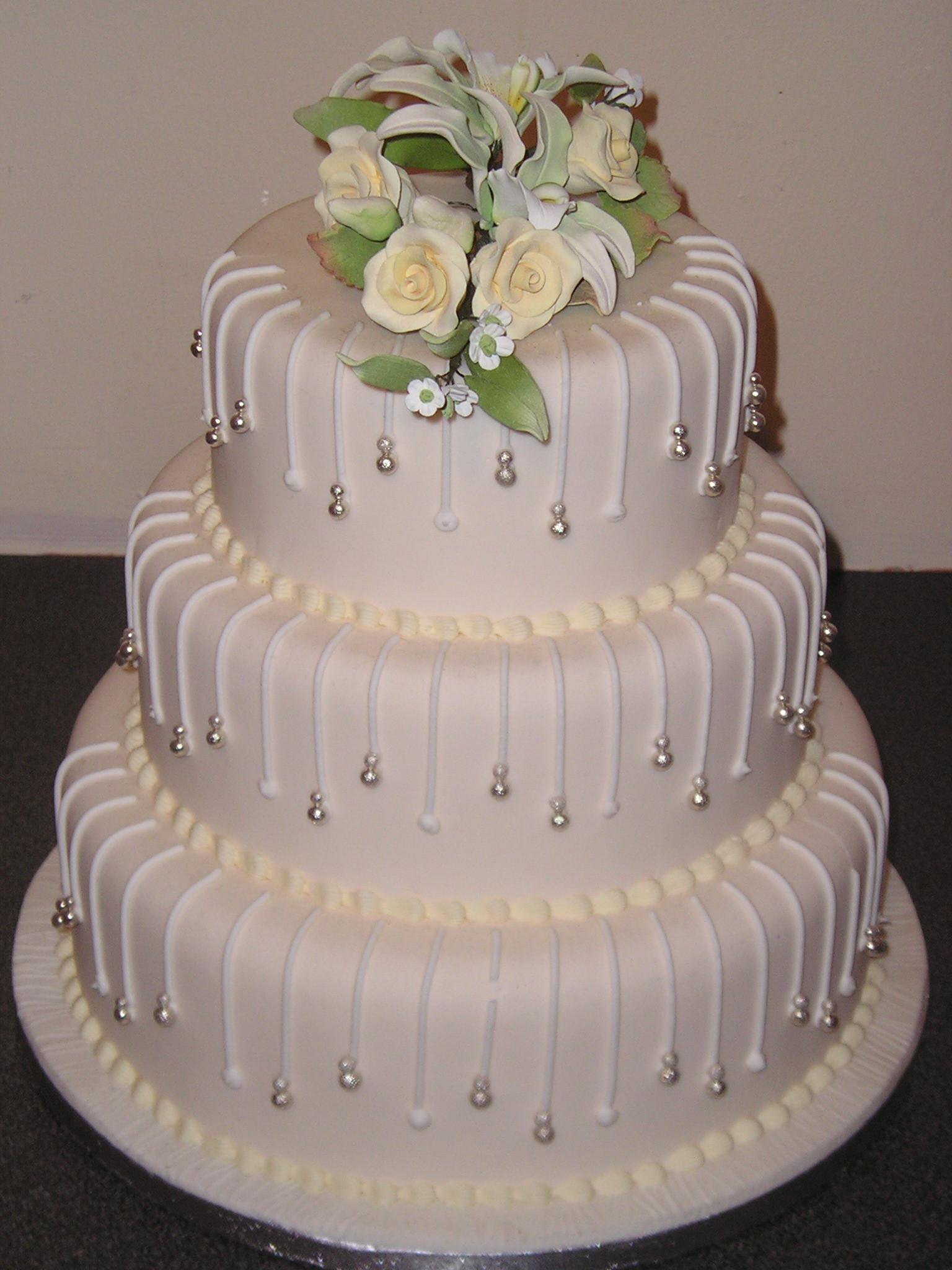 Small Elegant Wedding Cakes  wedding cake toppers Small Wedding Cake Toppers