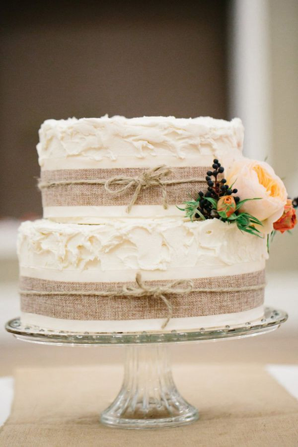 Small Rustic Wedding Cakes  20 Rustic Country Wedding Cakes for The Perfect Fall Wedding
