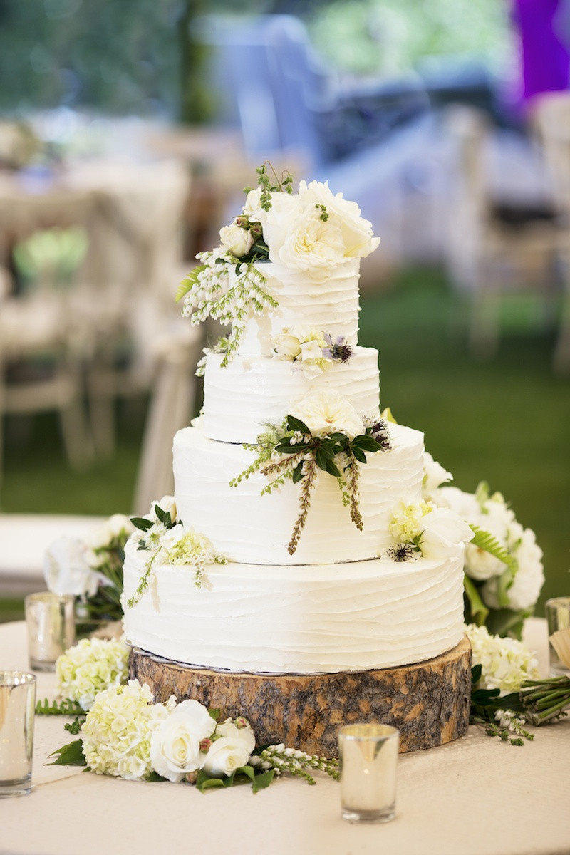 Small Rustic Wedding Cakes  Cakes & Desserts s Rustic Wedding Cake Display