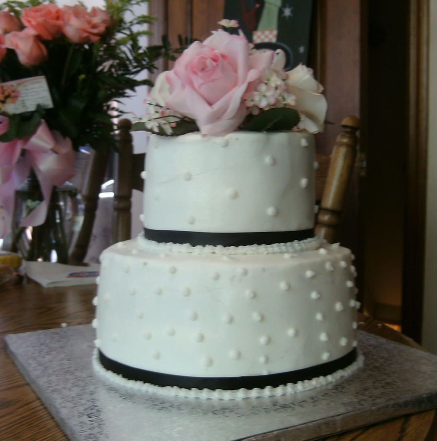 Small Two Tier Wedding Cakes  Small 2 Tier Round Wedding Cake CakeCentral