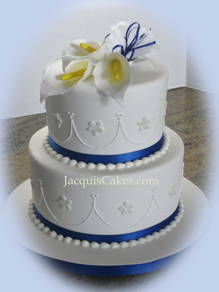 Small Two Tier Wedding Cakes  small wedding cakes pictures