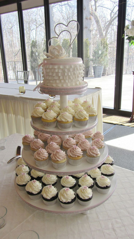 Small Wedding Cakes With Cupcakes  Wedding cupcake tower really like the small wedding cake