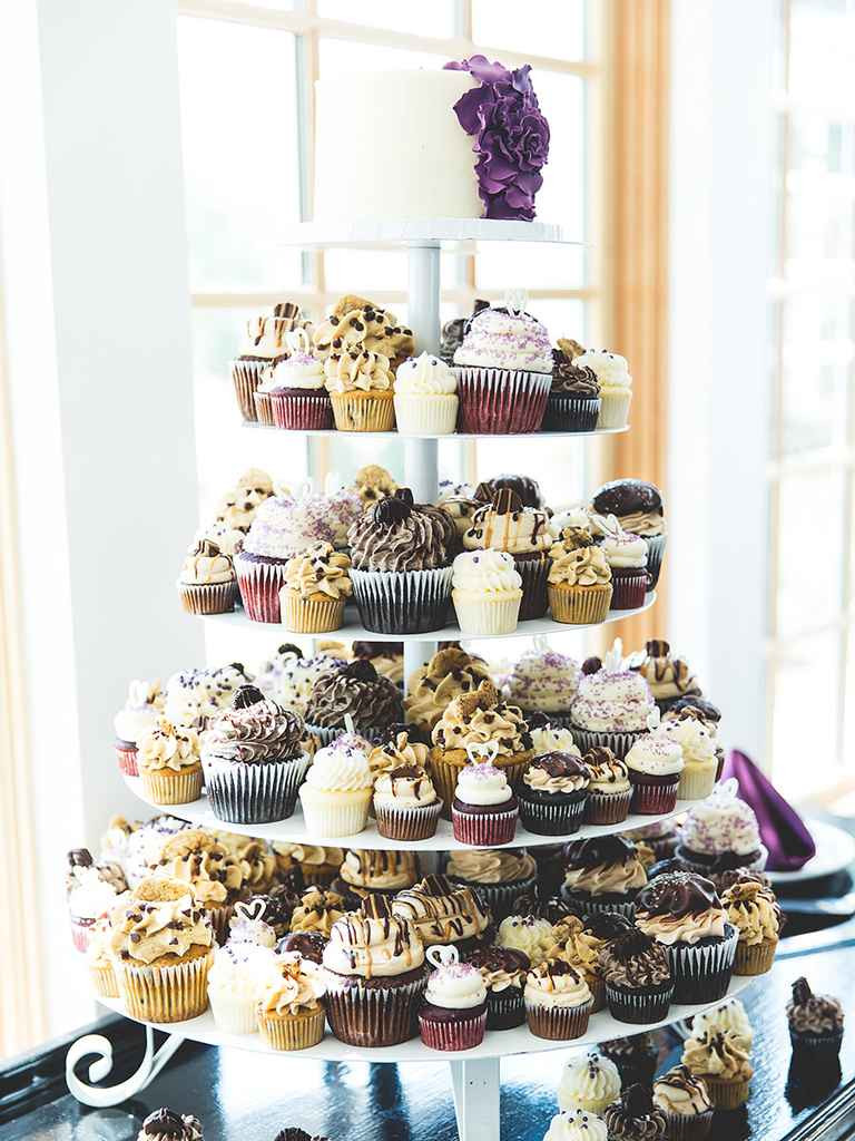 Small Wedding Cakes With Cupcakes  16 Wedding Cake Ideas With Cupcakes