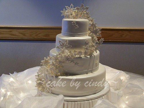 Snow Flake Wedding Cakes  0f3108b3dc