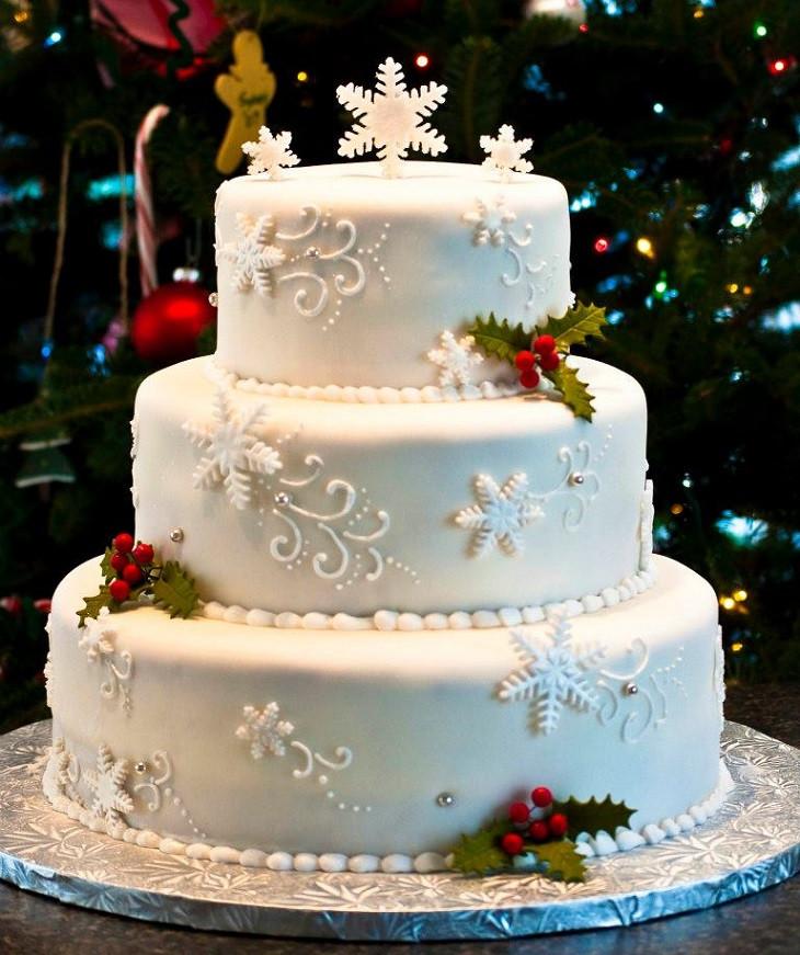 Snow Flake Wedding Cakes  Snowflake Winter Wedding Cakes