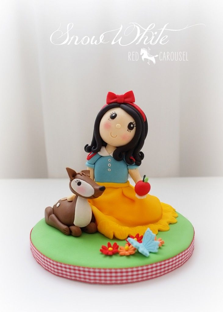 Snow White Wedding Cake Topper  9 best images about breien on Pinterest