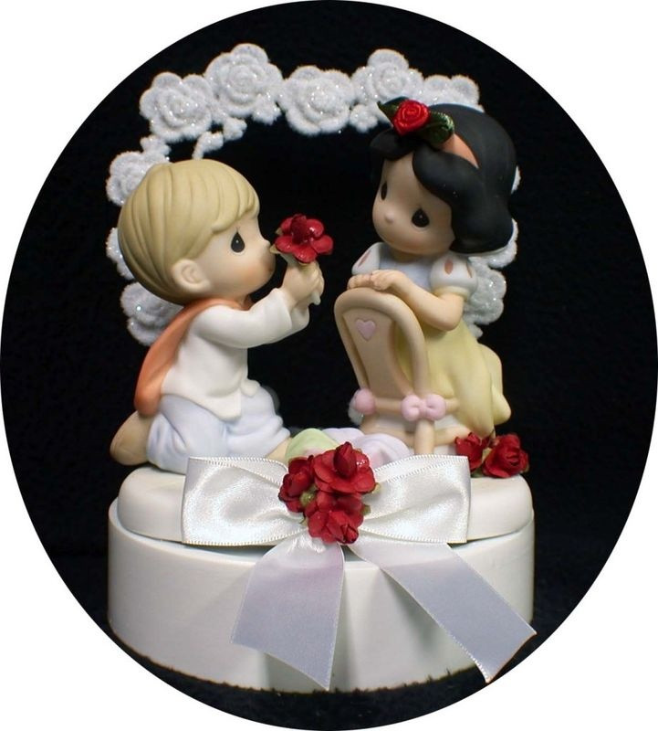 Snow White Wedding Cake Toppers  Snow white wedding cake topper idea in 2017
