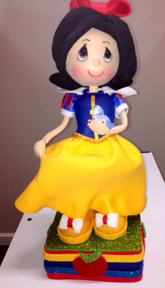Snow White Wedding Cake Toppers  Snow White Birthday cake topper snow white centerpiece
