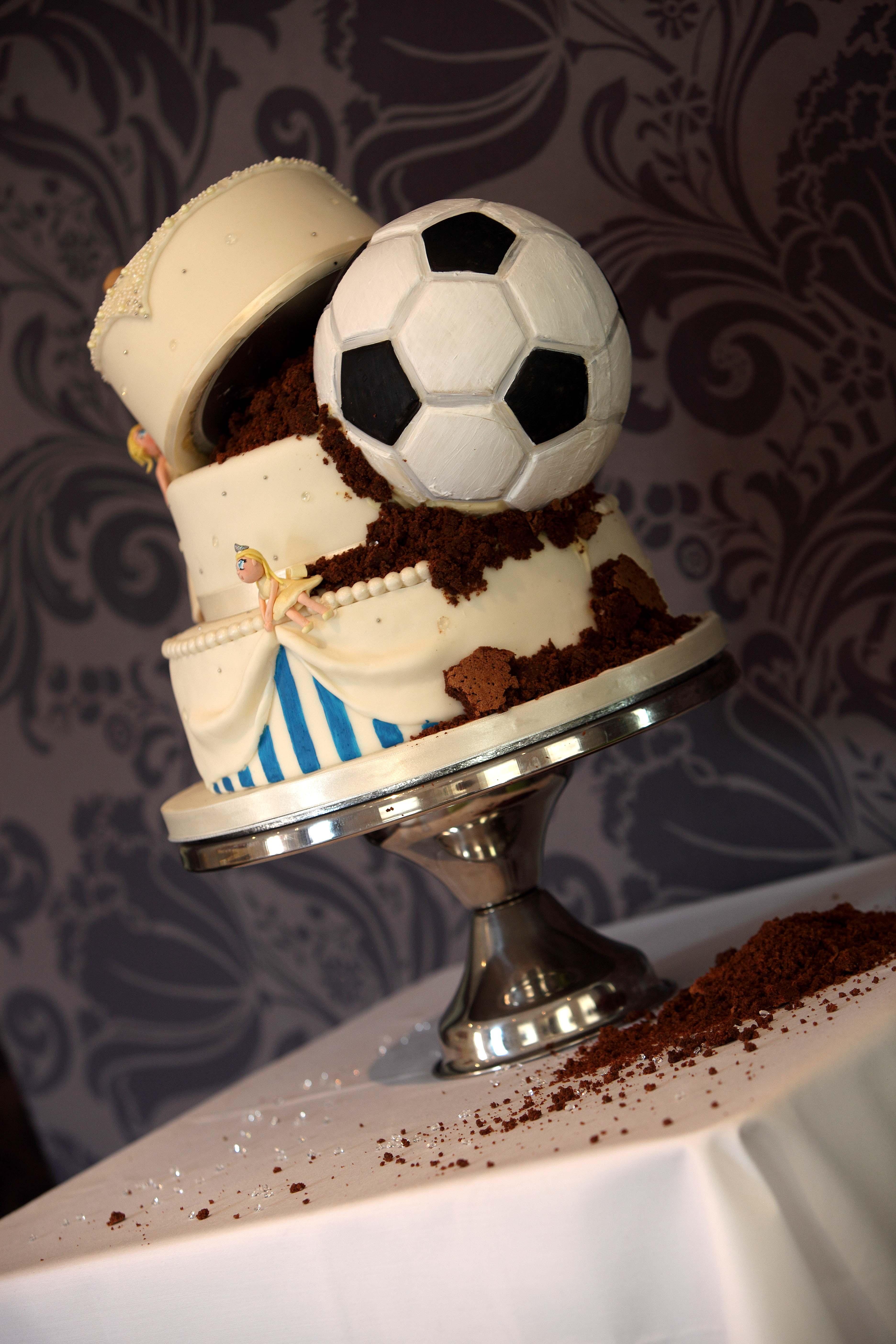 Soccer Wedding Cakes  Calibre graphy
