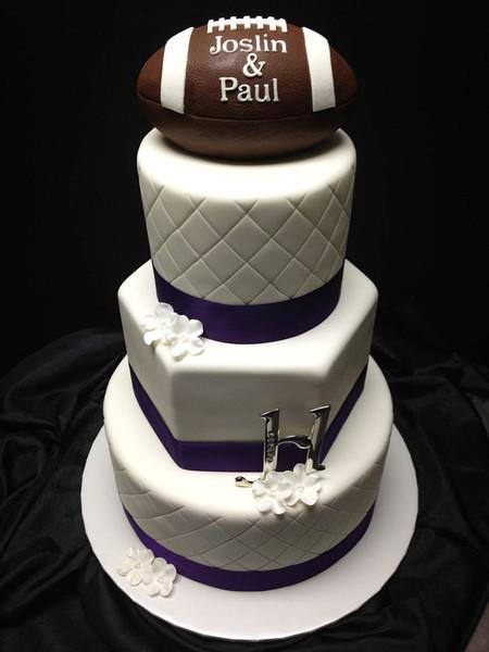 Soccer Wedding Cakes  Creative Cakes and Cookies Manhattan KS Wedding Cake
