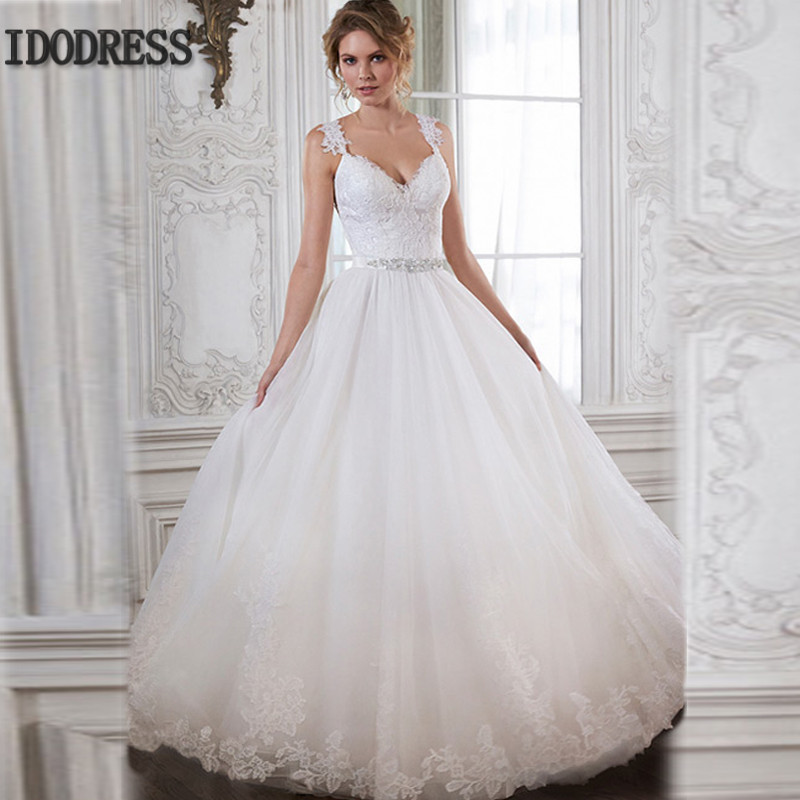 Spaghetti Strap Ball Gown Wedding Dress  Bride Dress 2016 V Neck Spaghetti Straps Applique Beading