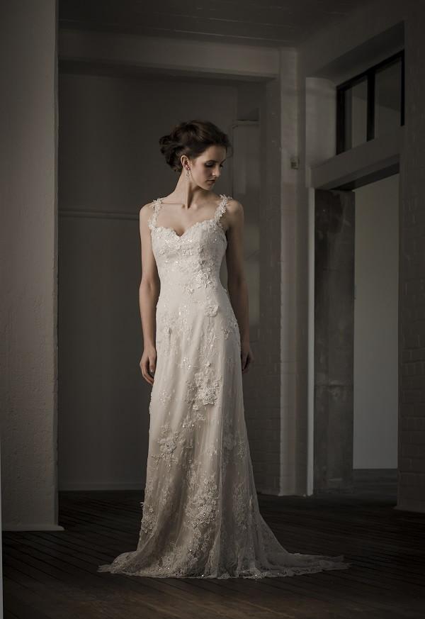 Spaghetti Strap Mermaid Wedding Dress  Floor Length Spaghetti Straps Vintage Mermaid Lace Wedding
