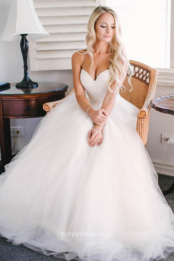 Spaghetti Strap Tulle Wedding Dress  Elegant Ivory Sweetheart Spaghetti Straps Tulle Layered