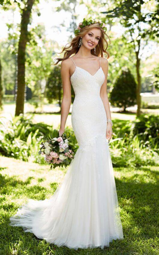 Spaghetti Strap Wedding Dresses  y Lace Spaghetti Strap Wedding Dress