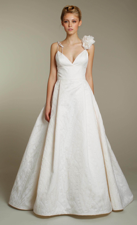 Spaghetti Strap Wedding Dresses  Terrific Spaghetti Strap Wedding Dressing Ideas