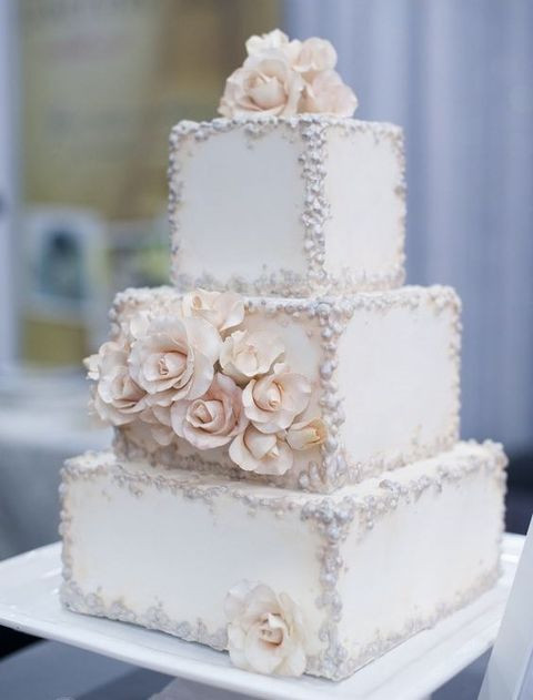Square And Round Wedding Cakes  53 Square Wedding Cakes That Wow