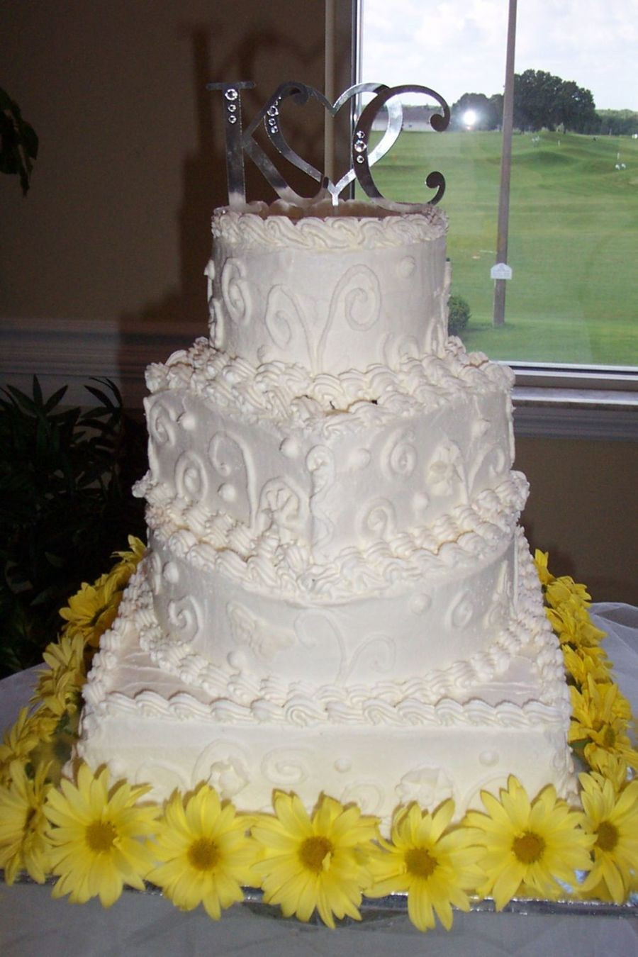 Square And Round Wedding Cakes  Square And Round Tiered White Wedding Cake CakeCentral