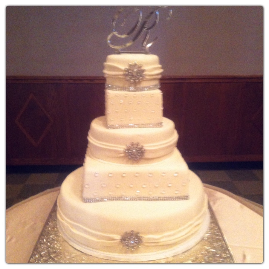 Square And Round Wedding Cakes  Square And Round Wedding Cake CakeCentral