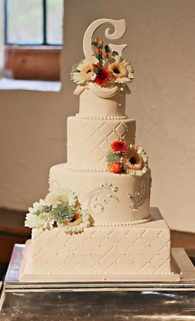 Square And Round Wedding Cakes  4 tier ivory wedding cake with square and round