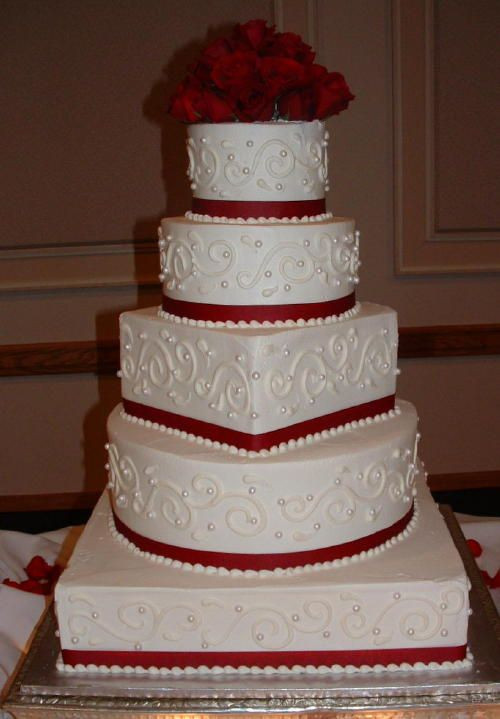 Square And Round Wedding Cakes  Round and square wedding cakes idea in 2017