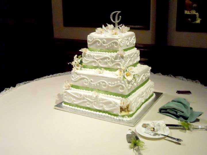 Square Tiered Wedding Cakes  Hector s Custom Cakes Square 4 Tiered Wedding Cake