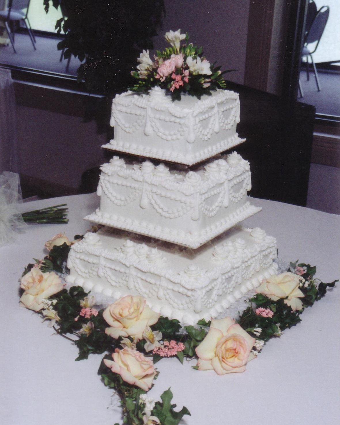 Square Tiered Wedding Cakes  Square Wedding Cakes Taylor s Bakery