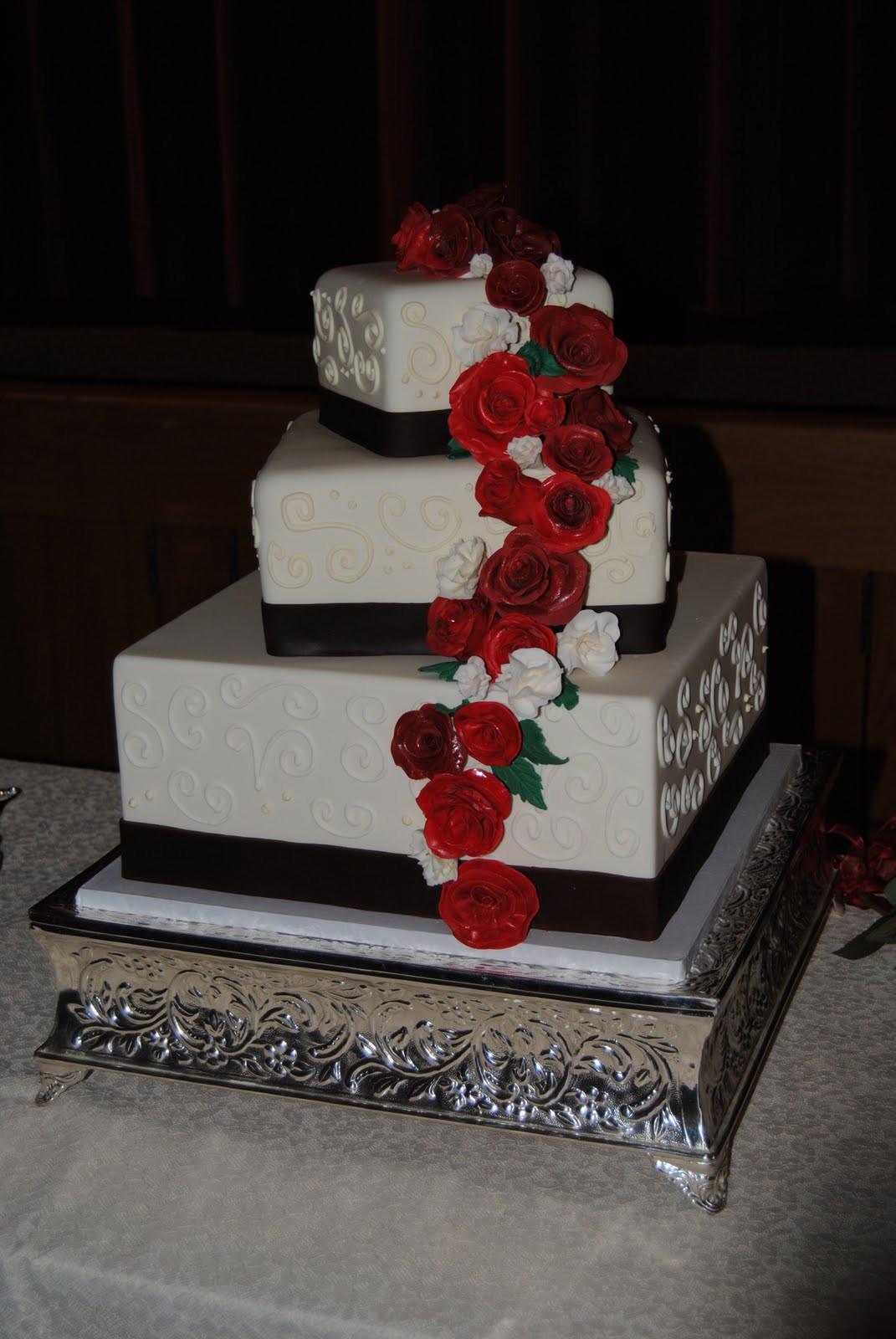 Square Wedding Cakes Pictures  Wedding cake pictures square idea in 2017