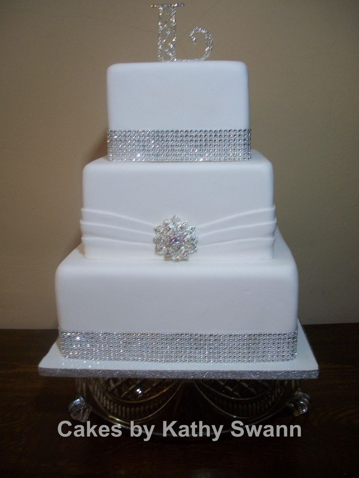 Square Wedding Cakes Pictures  Square Wedding Cakes Lov that it is sitting on a class