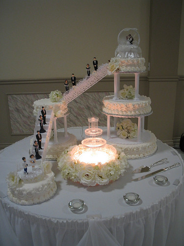 Staircase Wedding Cakes  MAK NYAK 2 pictures of wedding cakes with stairs