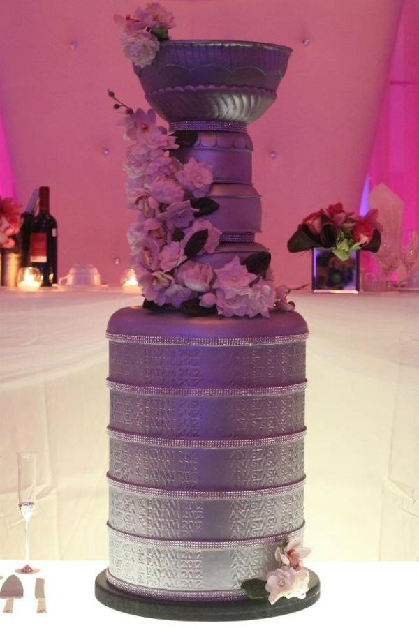 """Stanley Cup Wedding Cakes  Paul Bissonnette on Twitter """"Stanley cup wedding cake"""