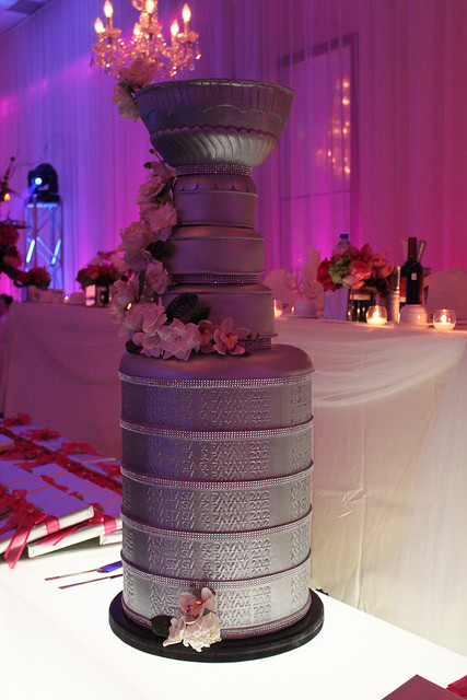 Stanley Cup Wedding Cakes  Is this the best ever wedding cake for an NHL fan