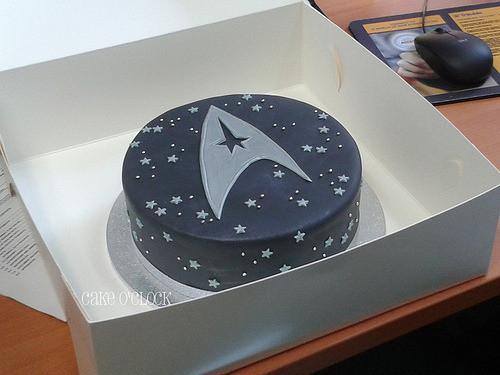Star Trek Wedding Cakes  Notorious cupcakes star trek cake