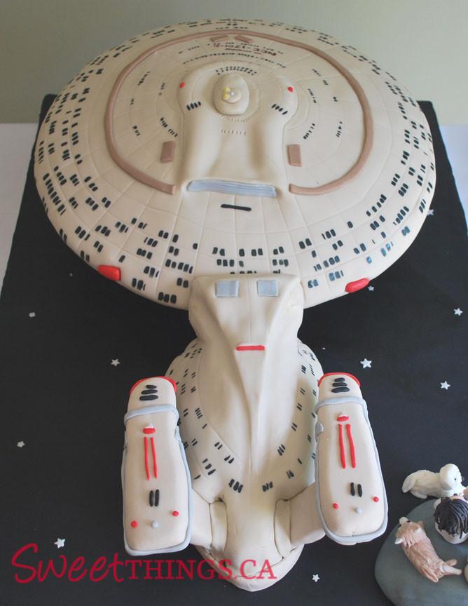 Star Trek Wedding Cakes  SweetThings Star Trek Cake Starship Enterprise Cake