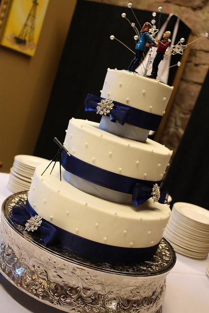 Star Trek Wedding Cakes  Holly & James handmade winter meditation on love