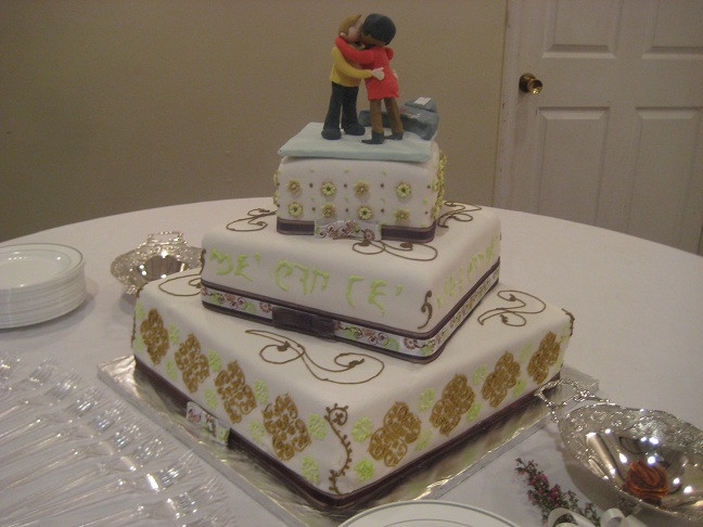 Star Trek Wedding Cakes  QueenBee Cakes