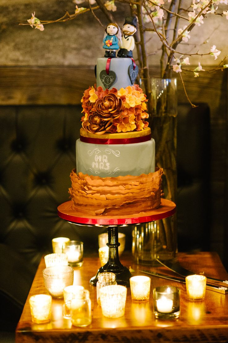 Star Trek Wedding Cakes  670 best Cakes cupcakes and desserts images on Pinterest