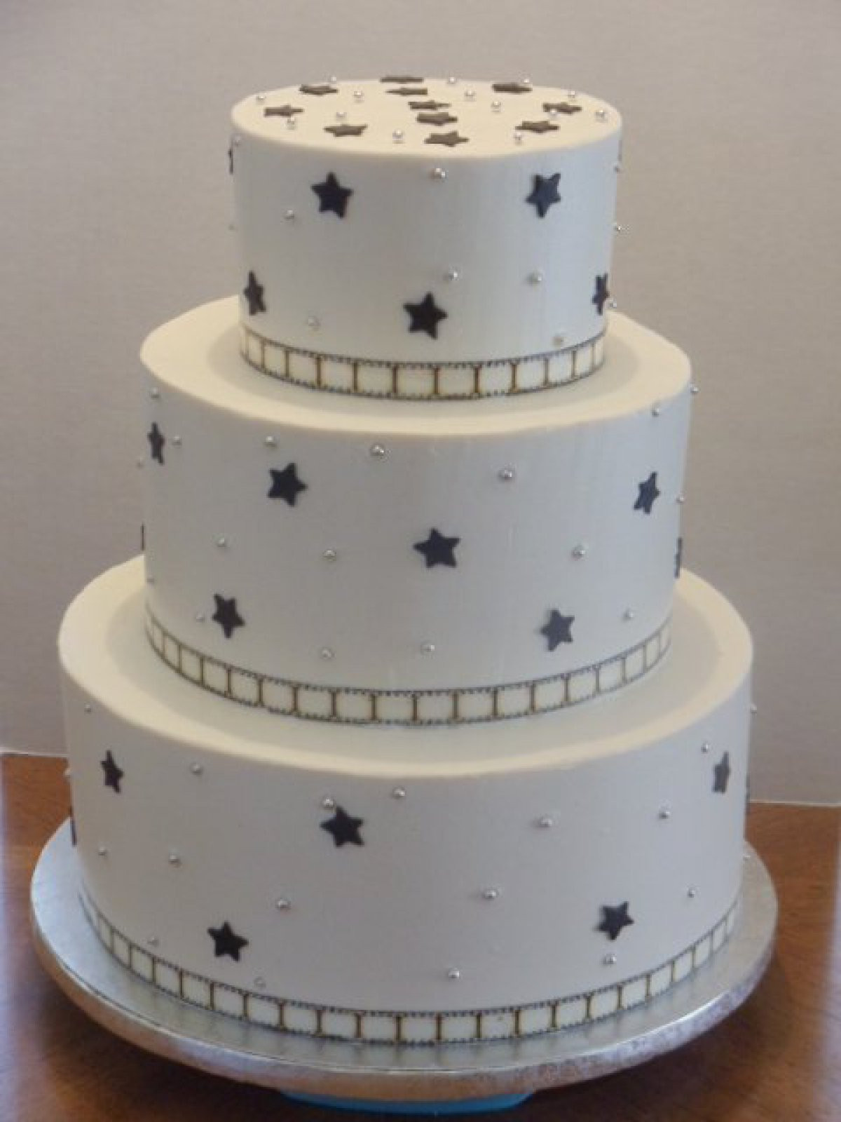 Star Wedding Cakes  Star wedding cake idea in 2017