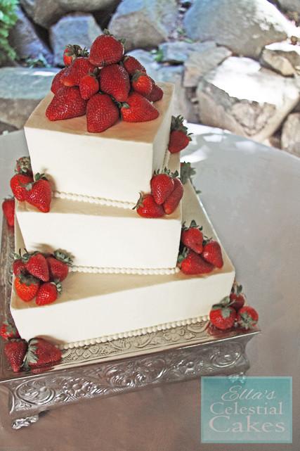 Strawberry Wedding Cake Recipe  Pin Strawberry Wedding Cake Cake on Pinterest