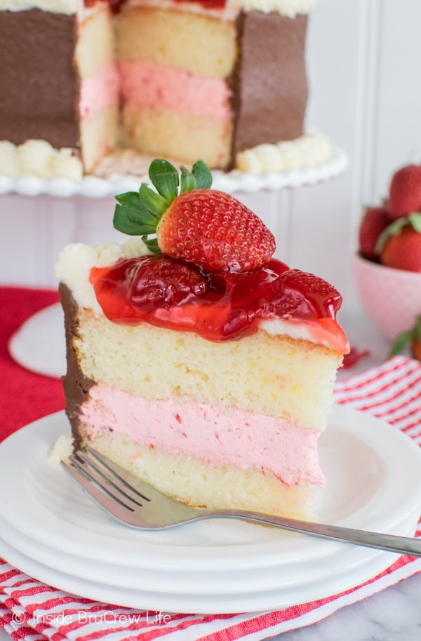 Strawberry Wedding Cake Recipes  strawberry cake filling